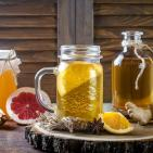 18 Healthy Reasons to Sip Kombucha